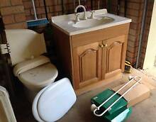 Second hand bathroom furniture & fittings Montville Maroochydore Area Preview