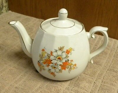 Vintage ELLCREAVE ENGLAND Porcelain Floral Teapot
