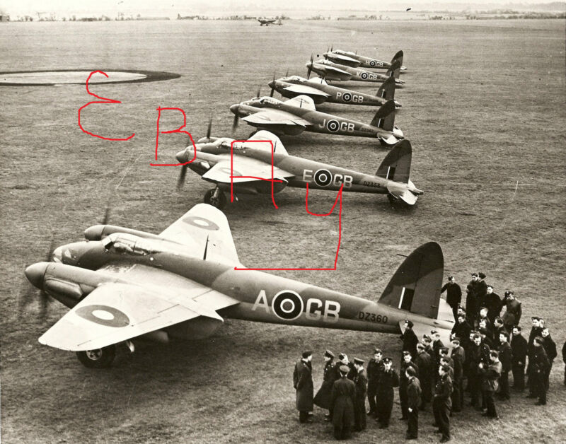 WWII 8X10 PHOTOGRAPH OF BRITISH RAF MOSQUITOS PREPARE FOR TAKE OFF LOOK
