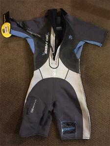 Women's Sea Doo short wetsuit size 11/12