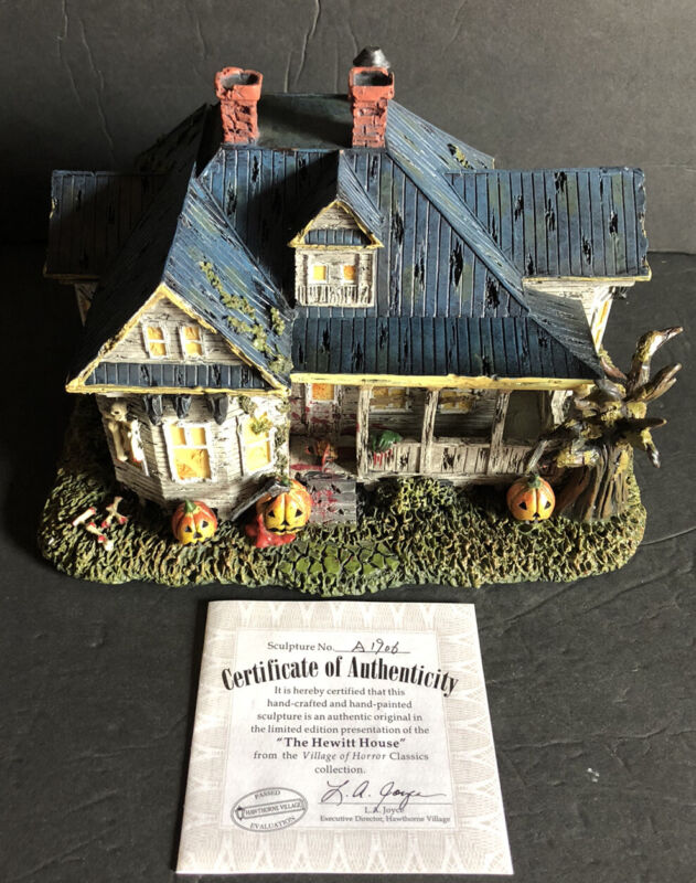 "2005 HAWTHORNE HORROR CLASSIC ""HEWITT HOUSE"" TEXAS CHAINSAW MASSACRE"" 2 FIGURES"