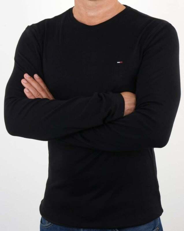black cotton long sleeve shirt