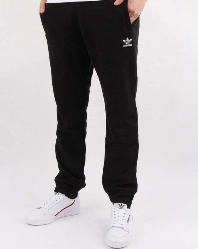 adidas Originals Trefoil Track Pants in Black tracksuit bottoms, joggers