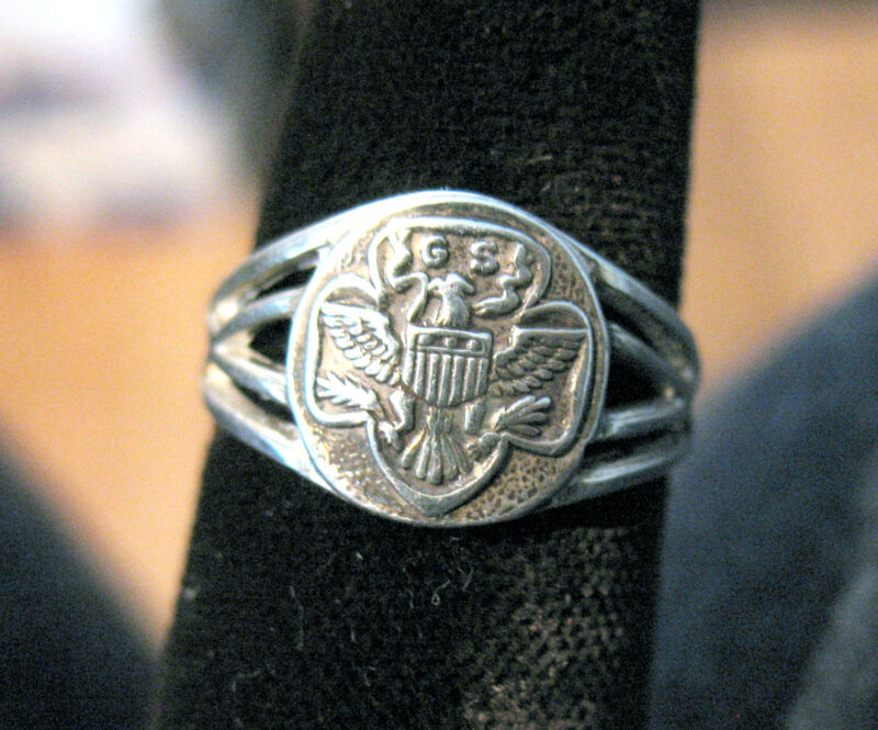 RING 1932 RARE Sterling Silver Eagle Logo Girl Scouts EUC Sizes CHRISTMAS GIFT
