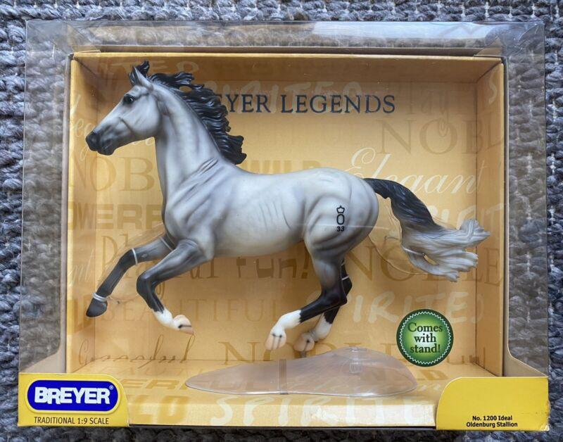 BREYER Ideal Oldenburg Stallion #1200 Ideal Show Jumping Warmblood