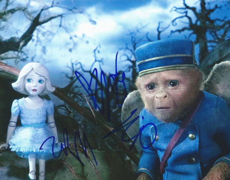 **OZ the Great and Powerful *JOEY KING & ZACH BRAFF* Signed 8x10 Photo MH1 COA**