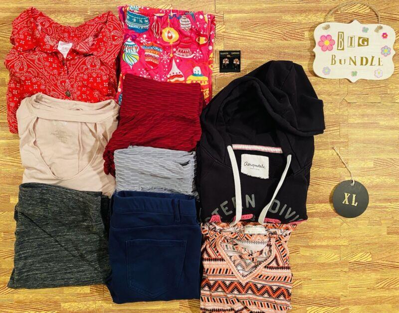 Women's Size Extra Large Clothes Lot TikTok Leggings Shirts