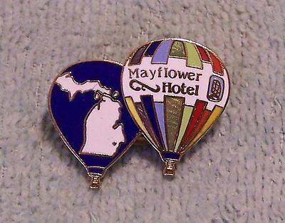 - 1986 MAYFLOWER HOTEL BALLOON PIN