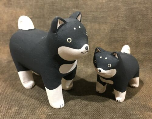 Japan Wood Carved Hand Painted Shibu Inu Dog Pair Adult & Puppy Black & Tan