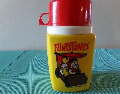 VINTAGE PLASTIC 1977 HANNA BARBERA FLINTSTONES THERMOS YELLOW w/ FRED & BARNEY