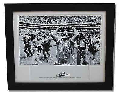 Framed Diego Maradona Argentina HAND SIGNED Autograph Photo Mount + COA Proof