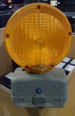 Wli Econolite Road Construction Highway Barrier Barricade Flashing Light Dual