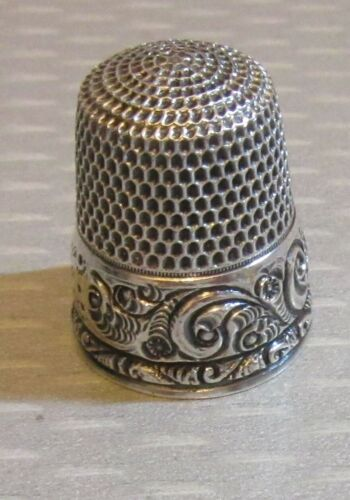 antique Stern STERLING SILVER THIMBLE wide deep carved scroll band engraved 1916