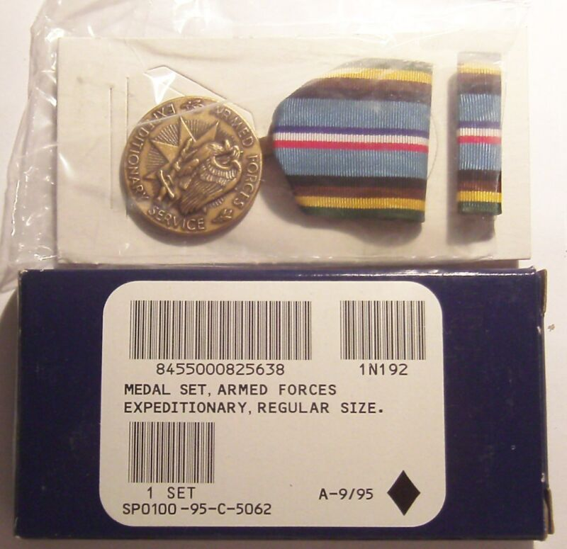 U.S. Armed Forces Expeditionary Service Medal Set in Box