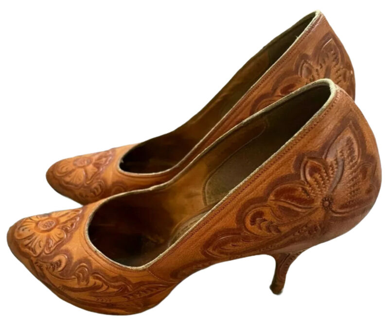 VTG Gaitan Hand Carved Floral Print Heels Pumps Mexican Leather Size 8 Brown