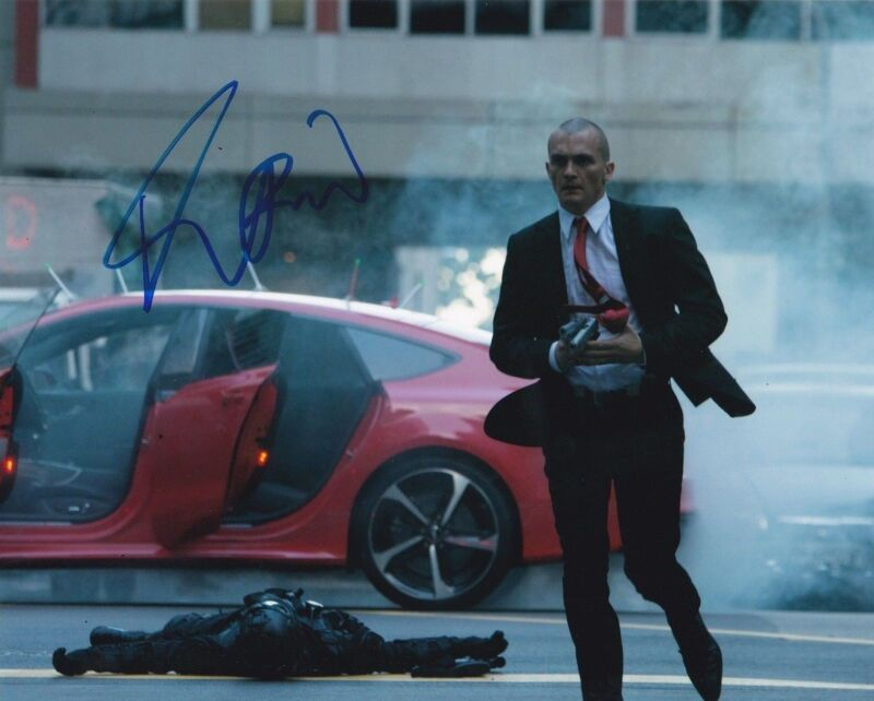 RUPERT FRIEND SIGNED 8X10 PHOTO HITMAN: AGENT 47 AUTHENTIC AUTOGRAPH COA A