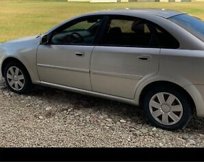 2004 Chevy Optra- low km.