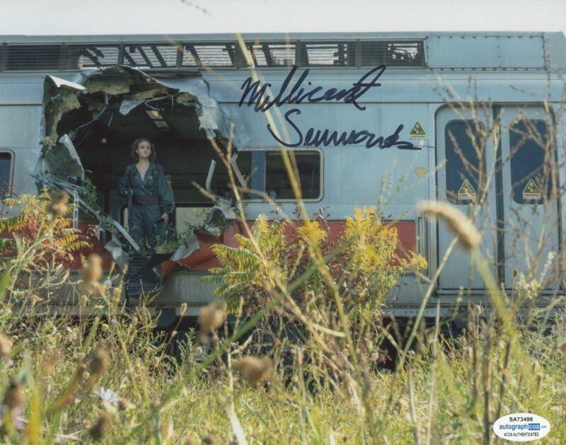 MILLICENT SIMMONDS SIGNED A QUIET PLACE PART II 8X10 PHOTO ACOA