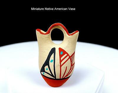 VC SIGNED VIRGINIA CHINANA JEMEZ PUEBLO NATIVE POTTERY 1 3/4