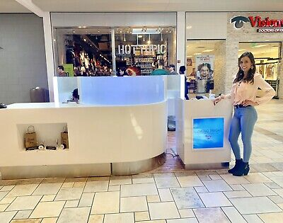 Mall Kiosk Teeth Whitening