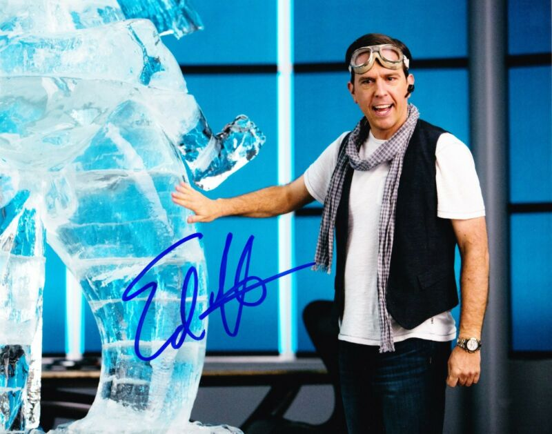 ED HELMS SIGNED 8X10 PHOTO AUTHENTIC AUTOGRAPH THE HANGOVER THE OFFICE COA F