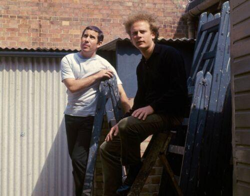 Simon & Garfunkel -  MUSIC PHOTO #2
