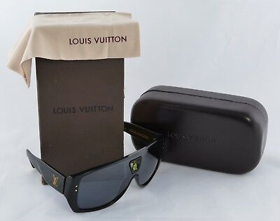 9b1e5675f801d Louis Vuitton Bindi Aviator Sunglasses Black Peridot Gemstone