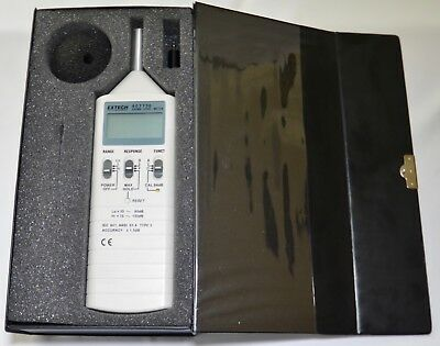Extech 407736 Sound Level Meter With Case In Working Condition.