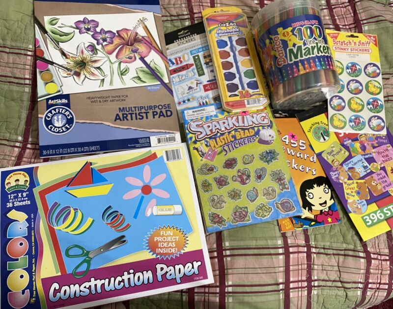 Kids Art Playset , Markers , Paints , Paper, Stickers