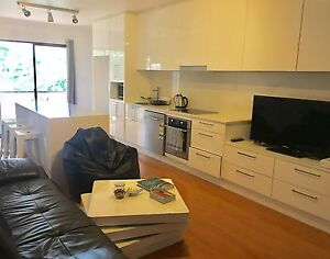 Lovely room in a modern 3 bedroom apartment in Bexley Bexley Rockdale Area Preview