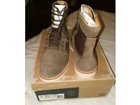 Timberland Juniors 6-Inch Premium Waterproof Olive Green Suede Boots A1BL4