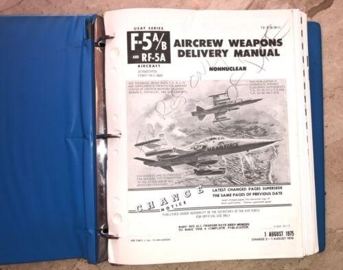 ORIGINAL USAF US Air Force F-5 F-5A/B Non Nuclear Aircrew Weapon Delivery Manual