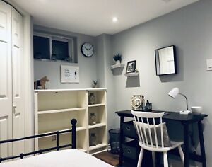 MAY 1 - Beautiful Mohawk College Student Room Rental, Steps away