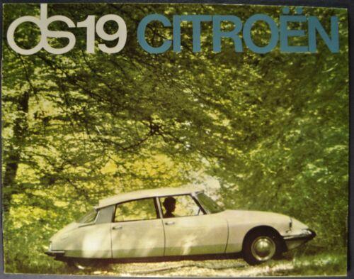 1965 Citroen DS19 Sedan Catalog Sales Brochure Excellent Original 65
