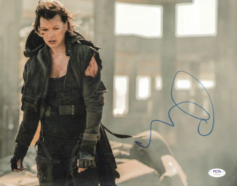 Milla Jovovich Signed 11x14 photo Resident Evil PSA DNA
