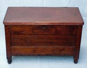 Attractive Antique Federal Furniture