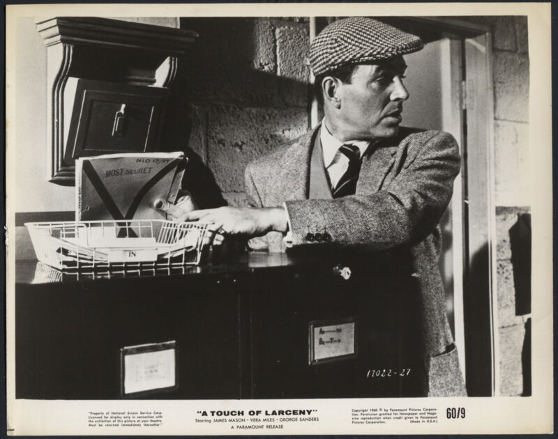 A Touch Of Larceny '60 JAMES MASON STEALING A SECRET FILE