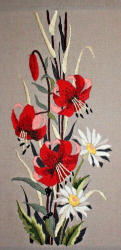 Vtg Floral Red Lilies White Daisy Flowers Crewel Embroidery Completed Finished