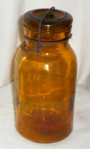 Antique Trademark Lightning Putnam 404 Amber 1 Quart Fruit Jar