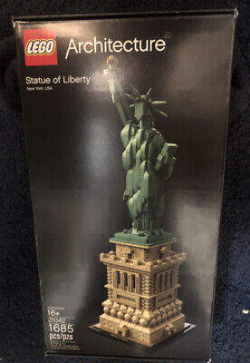 Lego Architecture 21042 Iconic Statue of Lady Liberty Model Building Kit