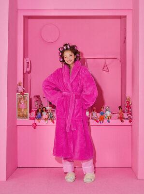 [BARBIE] BARBIE Edition BARBIE LOGO PINK PLUSH ROBE K-Fashion - Free Ship