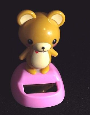 Teddy bear solar powered swinging bobblehead Japanese Plastic wobble toy