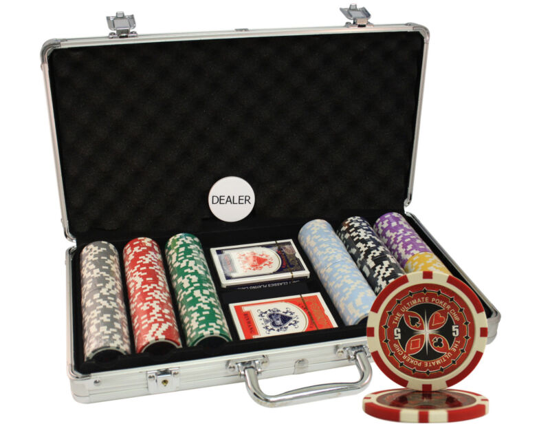 300PCS 14G ULTIMATE CASINO TABLE CLAY POKER CHIPS SET