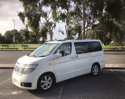Nissan Elgrand E51 HIGHWAY STAR MODEL LOW Ks SUN ROOFS GEN 8 seat !