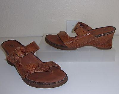 Ariat Brown Croco / Snake Embossed Leather Sandals Size 8 Wedge Heels Slides  Croco Embossed Sandal