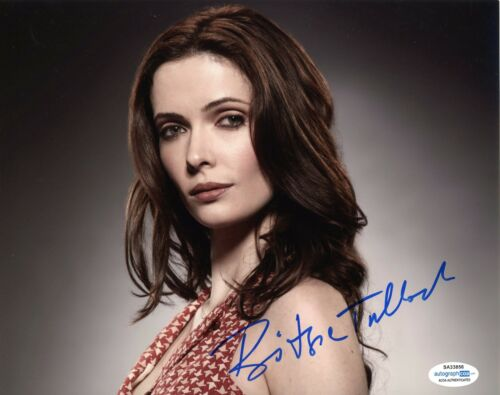 Bitsie Tulloch Grimm Autographed Signed 8x10 Photo ACOA  2020-1