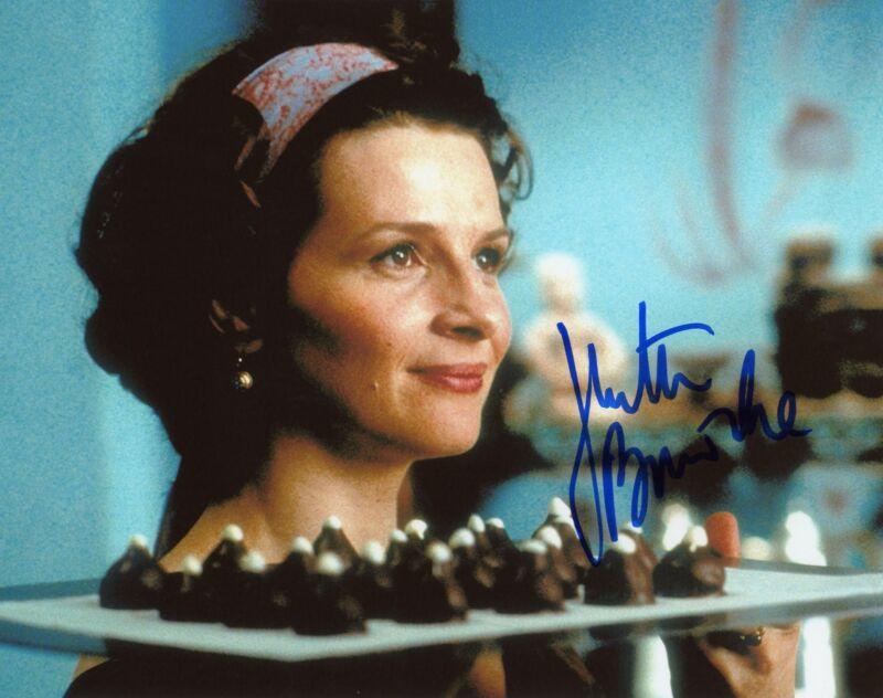 """Juliette Binoche """"Chocolat"""" AUTOGRAPH Signed 8x10 Photo ACOA"""