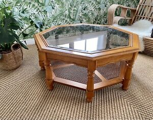 Large Rattan and Teak Coffee Table Immaculate Condition 🌼