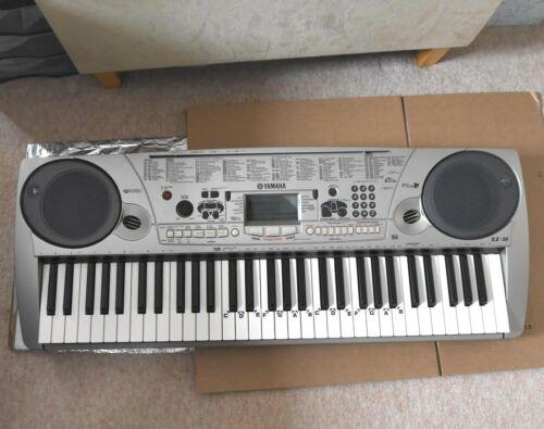 Yamaha Portatone EZ-30 Electronic Keyboard 2001