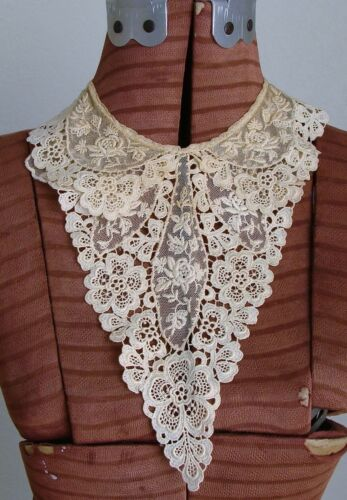 Antique Guipure Lace Embroidered Net Lace Collar
